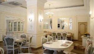Роскошный интерьер кафе - выбираем мебель