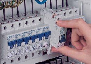 Автоматический выключатель для дома