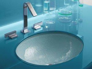 Ванные и раковины из стекла