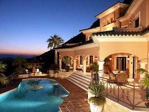 Покупка недвижимости за границей и нотариальный перевод учредительных докум ...
