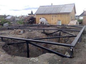 Строительство фундамента на винтовых сваях в Москве