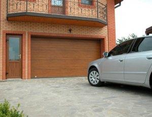 Какую краску выбрать, чтобы обновить гаражные ворота?
