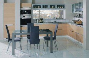 Как правильно выбрать стол на кухню?