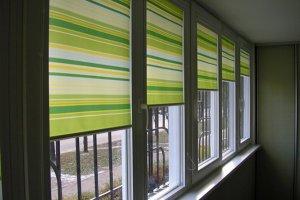 Чем заменить шторы: преимущества рулонных жалюзи