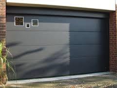Этапы и особенности монтажа гаражных секционных ворот