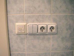Что необходимо учитывать при выборе и установке розеток в ванную комнату