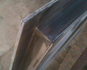 Конструкционные особенности металлических входных дверей