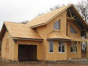 Преимущества и этапы строительства домов из СИП-панелей